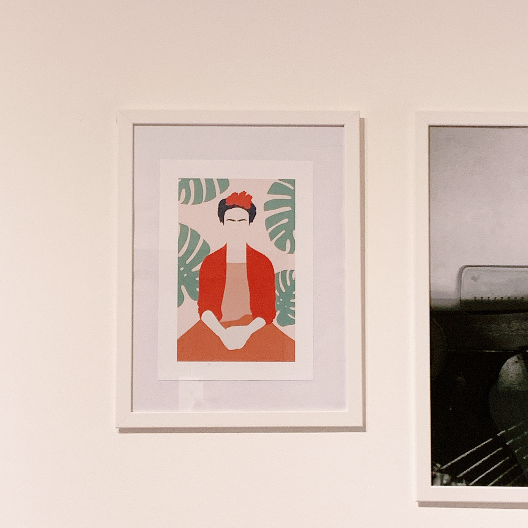 poster desenio frida gallery wall